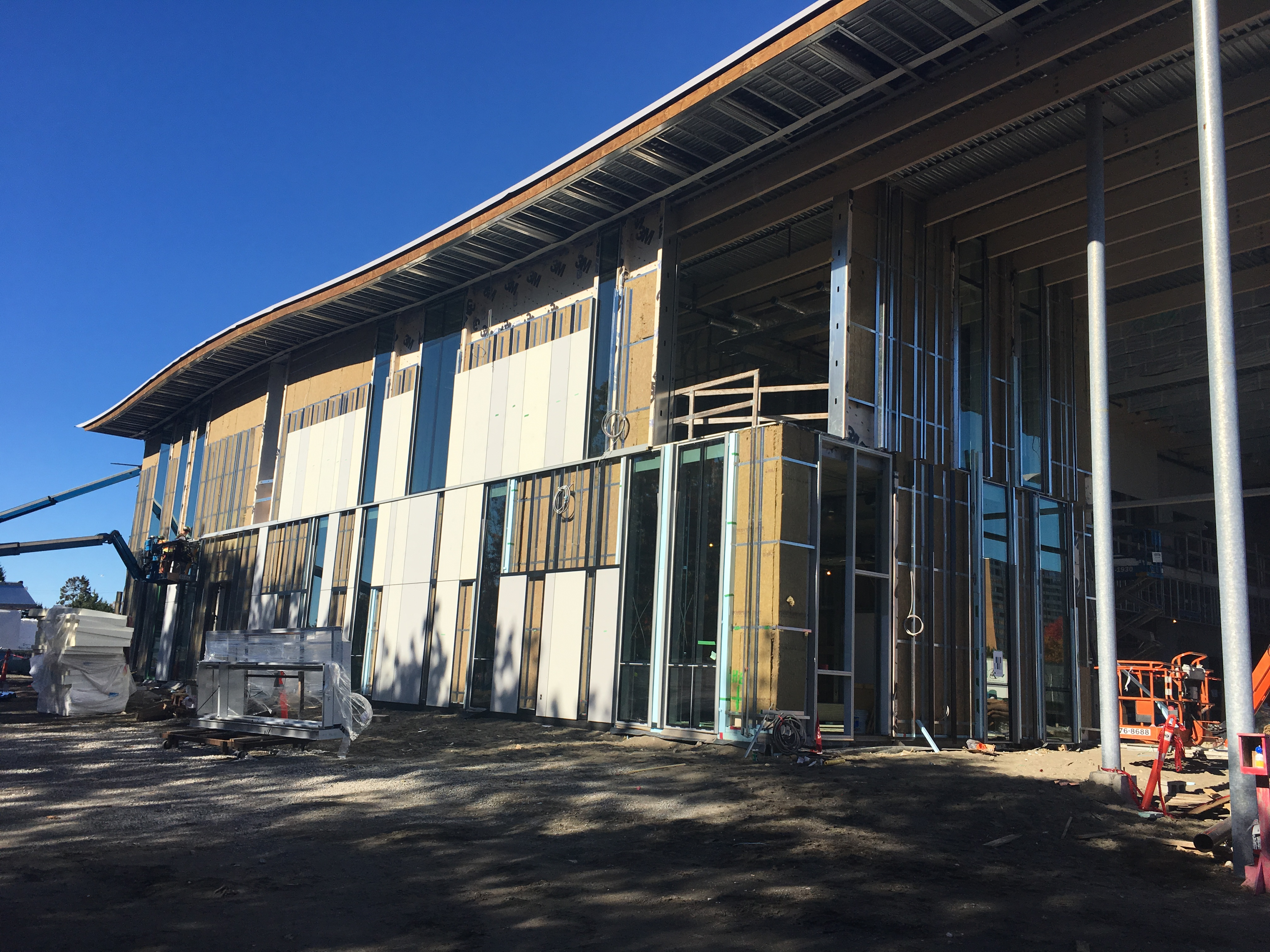 Installation of windows and siding on south east corner of the building - November 2017